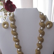 SALE Textured bumpy unusual Trifari necklace and earring set