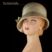 Vintage Hat 1950s Felted Cloche Hat with Large Silk Bow