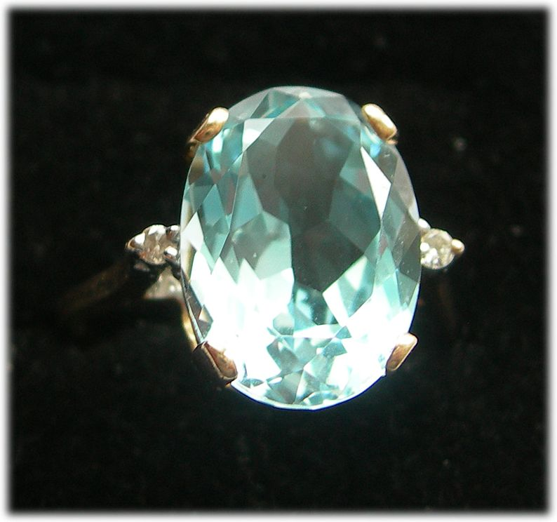 Gorgeous 14K Gold Ring - Blue Topaz and Diamonds