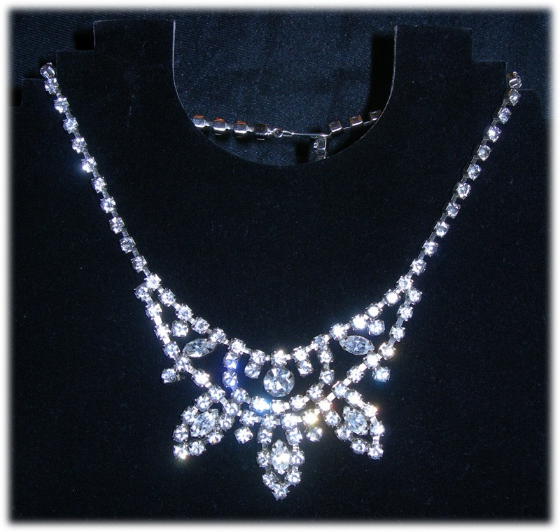 Gorgeous Vintage Rhinestone Necklace - Signed Weiss