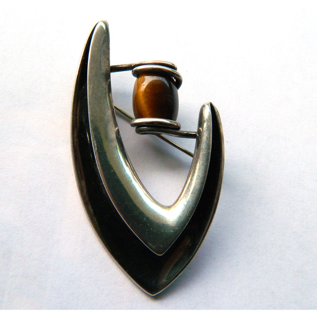 Vintage Sigi Pineda Signed Boomerang Brooch in Sterling Silver and Tigers Eye - Midcentury Modernist