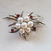 Classic 14K white gold cultured pearl and ruby brooch