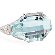 SALE Heaven: An Aquamarine & Diamond Ring