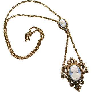 Vintage Gold Tone Simulated Pearl Blue White Resin Cameo Necklace Ornate
