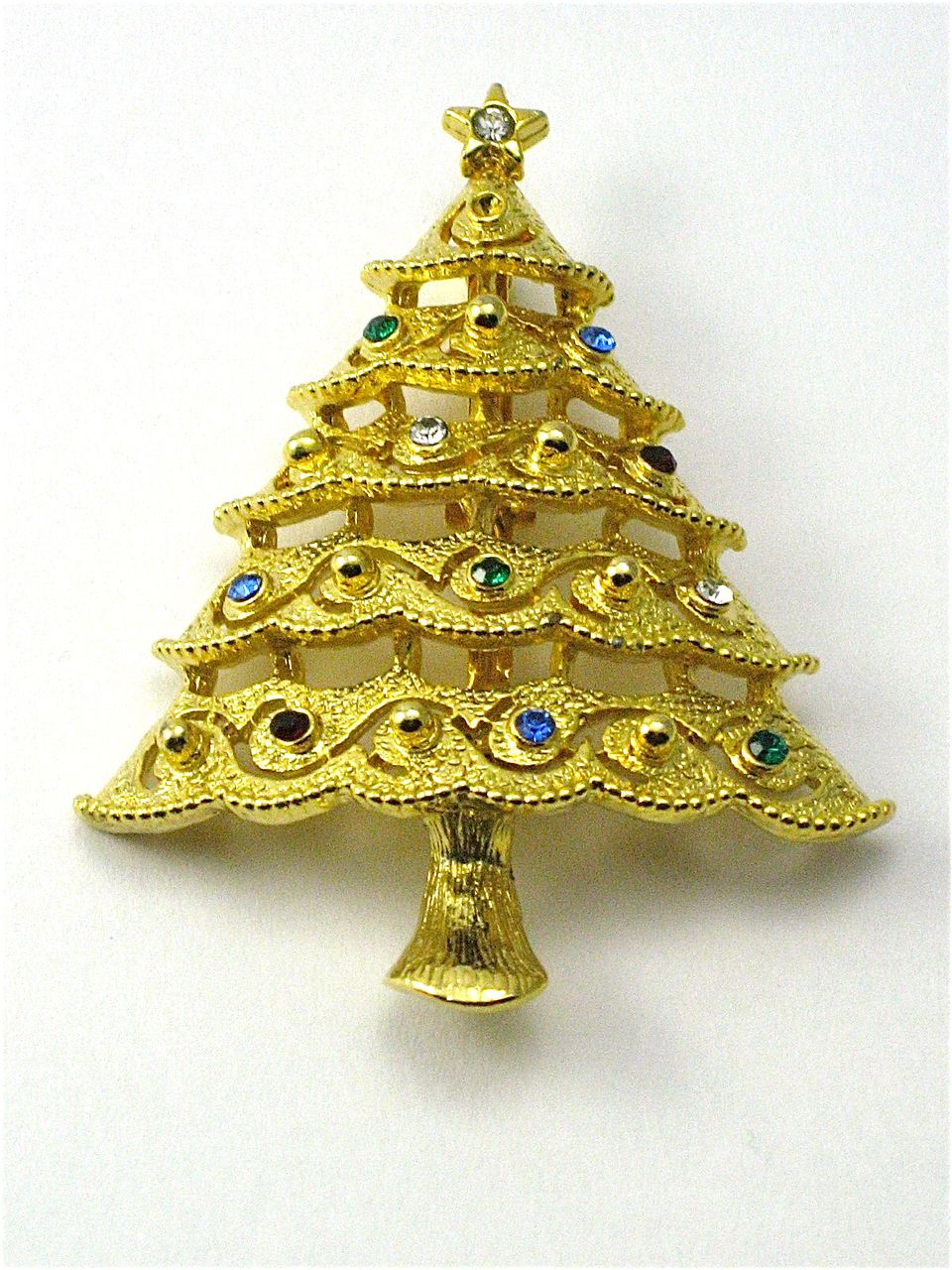 vintage jj christmas tree pin brooch from