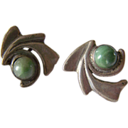 Early Modernist Mexican Sterling Silver Mexican Jade Green Onyx pre-eagle earrings