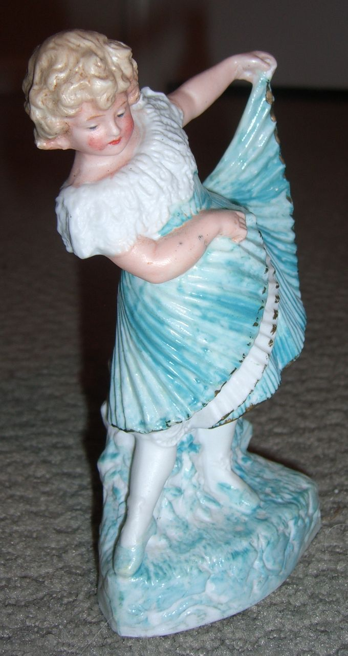 Pretty Heubach Figurine - Lovely accessory for antique doll