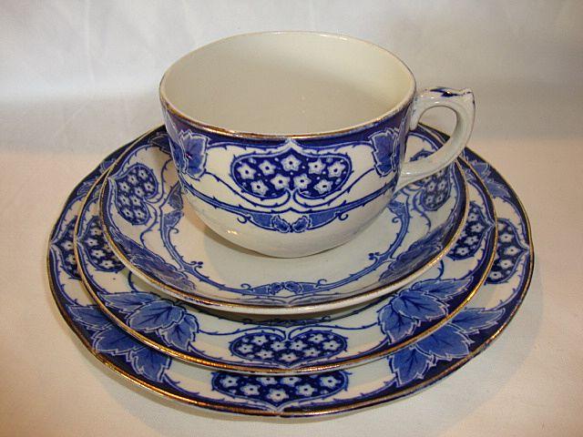 Beautiful English Earthenware 4 Piece Cup & Saucer Set ~ York Pattern ~ Cobalt Blue Hearts, Flowers Leaves ~ Keeling & Co Burlsem England 1891-1909
