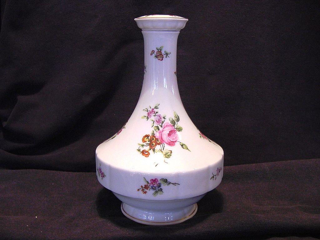 Wonderful Limoges Porcelain Decanter ~ Studio Decorated with Pink Roses ~ Chantilly Pattern ~ Haviland France 1894-1931
