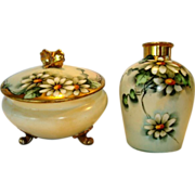 """Delightful Limoges Porcelain Dresser or Powder Jar with Matching Vase – Hand Painted with Beautiful Daisy Flowers – Signed by """" Mehle"""" – GDA Limoges 1900-1941"""