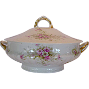 SALE Elegant Limoges Porcelain ~ Soup Tureen with Pink & White Flowers ~ Theodore Haviland 190