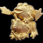 SALE Vintage J.J. Leap Frog Brooch Brushed Gold Tone Jonette