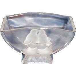Lovely Crystal Etched Glass Vase, LOVE BIRDS, Verlys, Signed