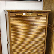 Oak Tambor Cabinet - Reverse Roll