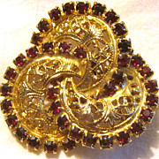 Vintage rhinestone love knot brooch pin