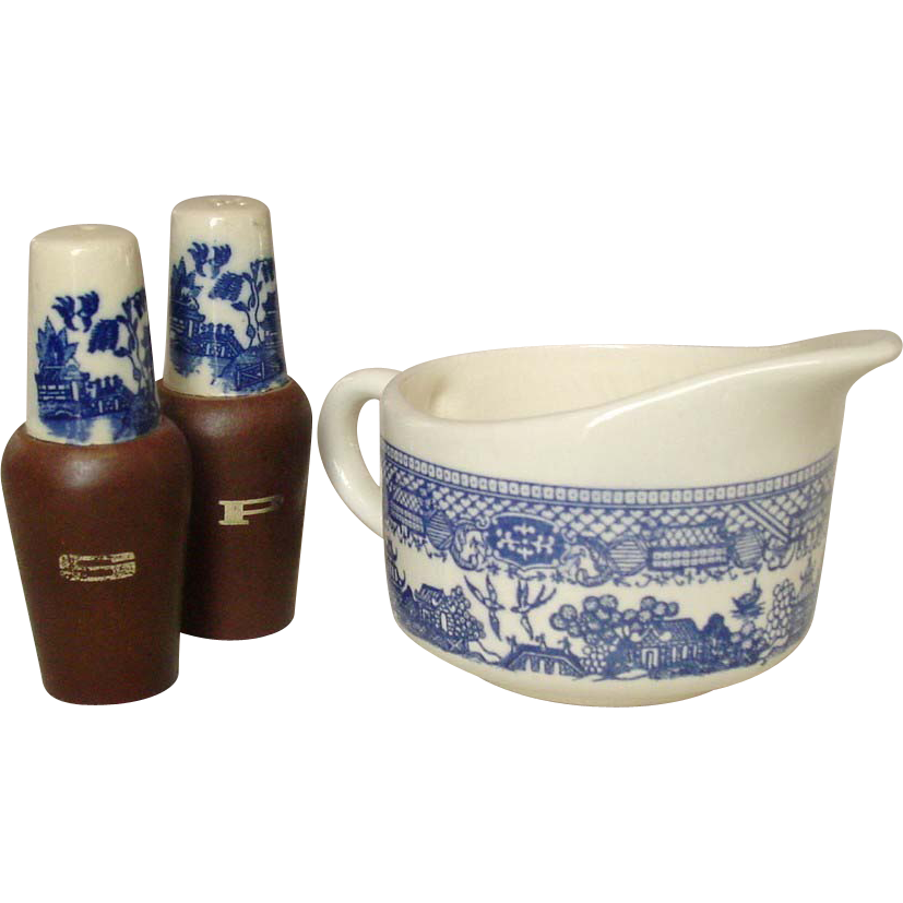Blue Willow Pattern ~ Open Creamer and Salt & Pepper
