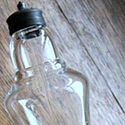 SALE Eapg Victorian Glass shaker, Atterbury Saloon pepper