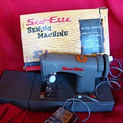REDUCED 1950 Vintage Sew-ette Battery Operated Child's Sewing Machine
