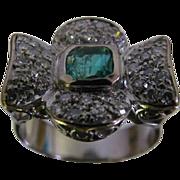 SALE 18 Karat Size 6 White Gold Ladies Ring with 38 diamonds/emerald