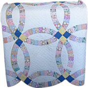 SALE Vintage Patchwork Double Wedding Ring Quilt