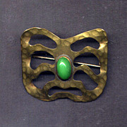 Hammered Edwardian Brass Sash Pin with Green Stone