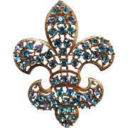 SALE Lisner Fleur-De-Lys Brooch ~ Aqua & Alexandrite Rhinestones