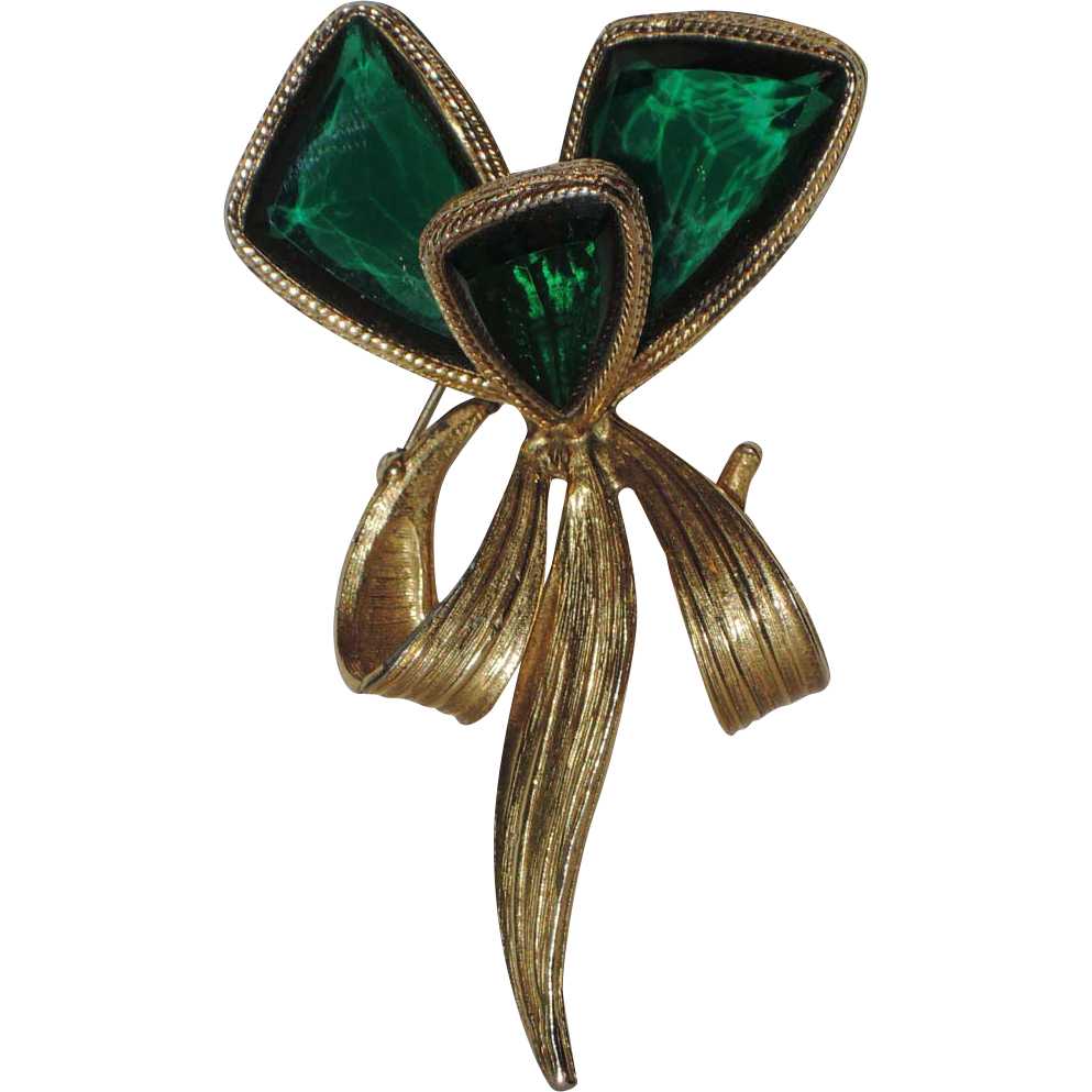 Accessocraft N.Y.C. 1960's Emerald Green Glass Butterfly Wing Flower Brooch