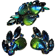 Vintage Blue Green Molded Givre Glass Stones Brooch Earrings Demi Parure.