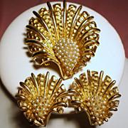 Vintage Boucher Faux Petite Pearls Shell Brooch Earrings Demi Parure