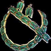 Vintage Trifari Thermoset Green Tulip Leaves Necklace Bracelet Earrings Parure