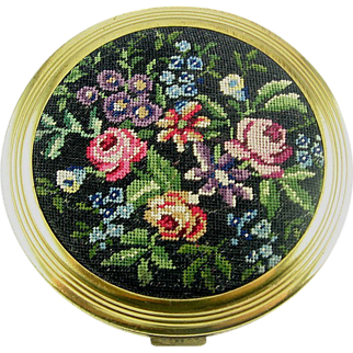 SALE Colorful 1940's FRENCH Rose Garden Petit Point Powder COMPACT