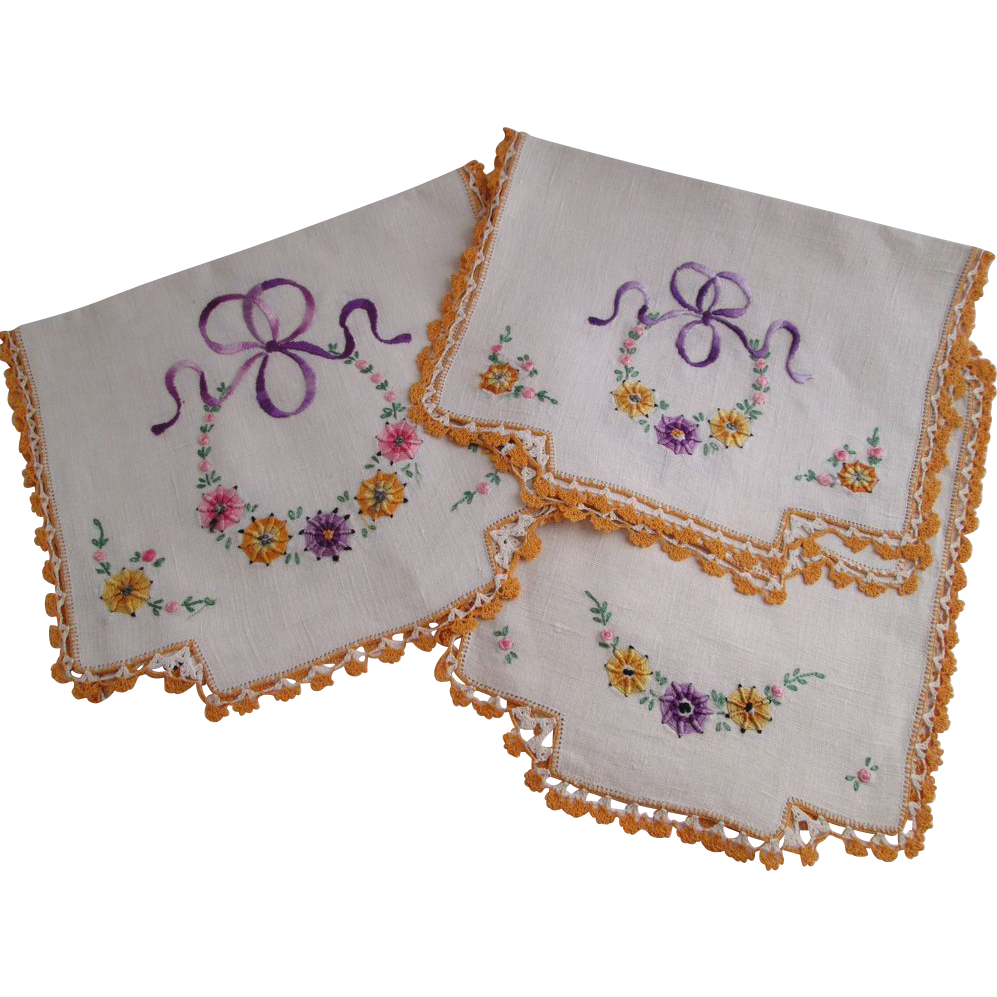 Embroidered linens set vintage s dresser scarf chair