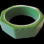 Vintage Green Bakelite Bangle Bracelet Deeply Carved Slash Marks