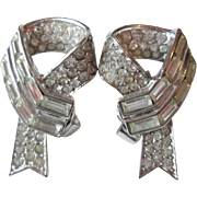 Crown Trifari Art Deco Earrings Vintage 1950s Rhinestone Ribbon Signed Clip