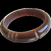 Bakelite Bangle Bracelet Vintage 1940s Deeply Carved Rootbeer Painted Gold
