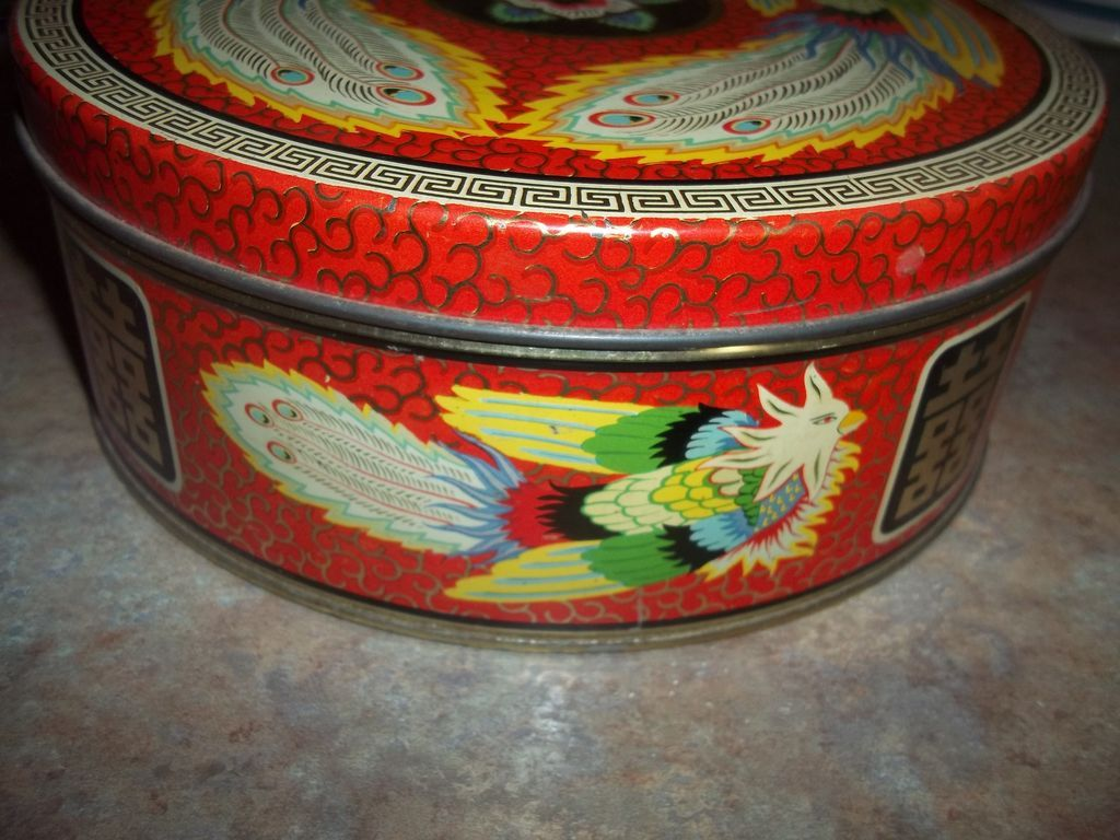 Vintage advertising cookie biscuit tin for peek frean bird for L furniture warehouse victoria bc