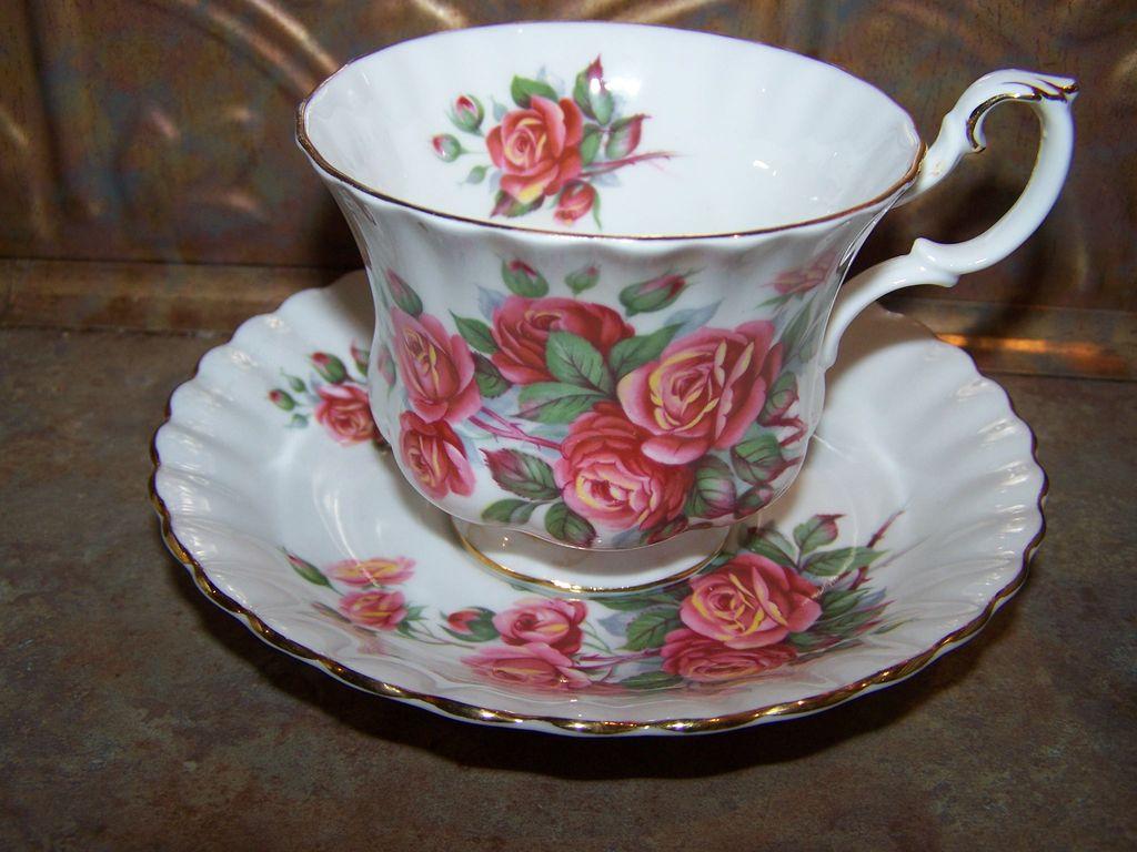 Set of Two Royal Albert Centennial Rose Tea Cup and Saucers