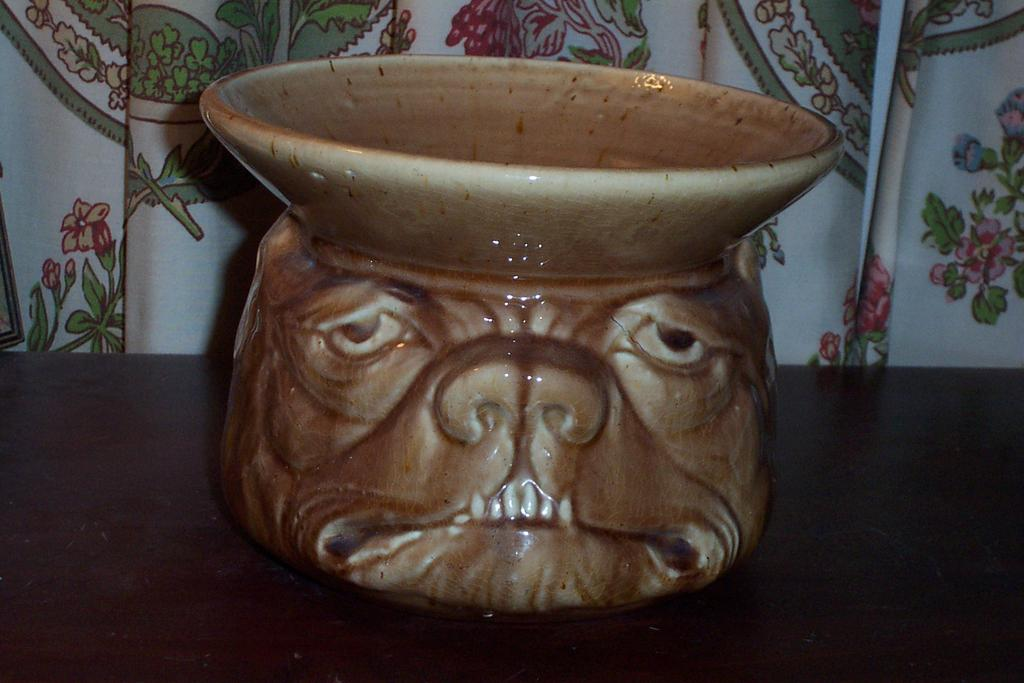 Rare Vintage Dog Face Pottery Spitoon / Spittoon
