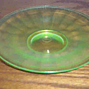 Vaseline Stretch Glass Plate Glows Under UV Lite