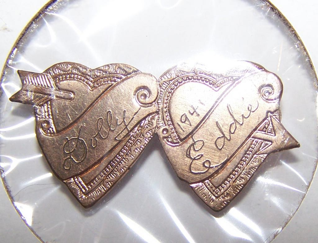 Rare Book Piece  Miniature Double Heart Arrow Love Token Pin Dolly 1941 Eddie