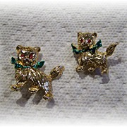 Sweet Kitty Cat Scatter Pins Green Enamel Bows