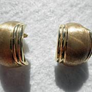14K YG Huggy Style Pierced Earrings