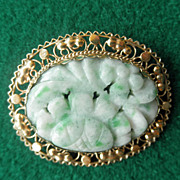 14K Carved Jade Brooch/Pin   Pendant