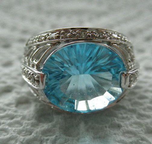 14K White Gold Blue Topaz Diamond Ring Size 7