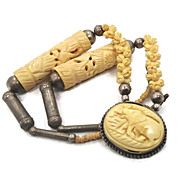 Carved Bone Elephant Necklace - Vintage 1940s Ethnic - Big Statement Piece - InVintageHeaven