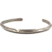 Vintage Navajo Sterling Silver Cuff Bracelet - Native American - Rattlesnake Jaw Pattern - ...