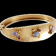 SALE SALE! Vintage 14K Gold Florentine Lavender Jade & Amethyst Bee Bangle Bracelet