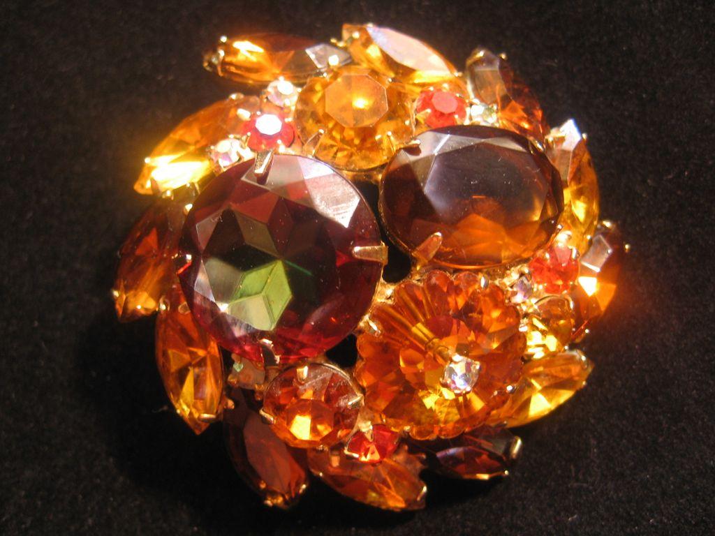 DeLizza & Ester -Amber-Orange Brown-Round Brooch-Pin