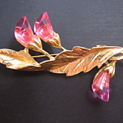 Mid Century Pink Acrylic Floral Pin Brooch