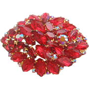 Vintage DeLizza & Elster  Tiered Siam Red Brooch Pin
